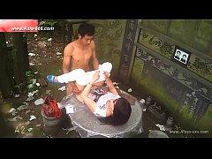 คลิปหลุดจากกล้องวงจรปิด คู่รักจีนเย็ดกันบนโต๊ะปูนหน้าสุสานบรรพชน