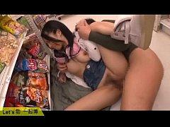 xxxโซระ อาโออิ โดนแฟนหนุ่มเย็ดหีเอากันในร้านสะดวกซื้อ