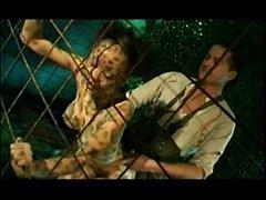หนังโป๊อังกอร์ต่างประเทศ นายพรานป่าจับแม่เสือสาวมาเย็ดหีในกรง