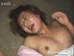 หนังxข่มขืน แก๊งยากูซ่าฉุดสองสาวออฟฟิศไปรุมข่มขืนในโกดังล้างร้องลั่นถ่ายคลิปแบล็คเมล์