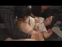 หนังโป๊ญี่ปุ่นx av rape วางยาสลบรุมโทรมข่มขืนเย็ดหีเมียลูกน้องต่อหน้าผัว