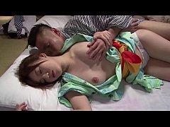 ดูหนังโป๊ญี่ปุ่น ผู้จัดการหื่นย่องเย็ดหีเลขาสาวหลับคาชุดนอนคอสเพลย์กิโมโน