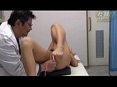 หนังAVออนไลน์ คุณหมอแอบเย็ดหีกับนางพยาบาลญี่ปุ่นฝึกหัดบนเตียงคนไข้ เย็ดสดแตกในทำเมีย