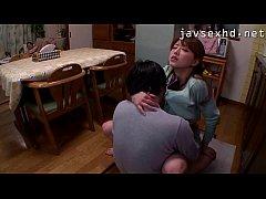หนังโป๊ญี่ปุ่นแนวครอบครัว น้องชายหื่นบุกเอาควยถูหีพี่สะใภ้ สุดท้ายได้เย็ดหีสมใจในห้องครัว