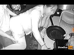 คลิปทางบ้านxxxหลุดจากกล้องไอพีคาเมร่าผัวเมียเย็ดกันในห้องครัวทำกับข้าวไปด้วยเย็ดกันไปด้วย