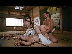 หนังrญี่ปุ่น ยอดเมียสุดที่รัก เธอโดนยากูซ่าล่วงไปข่มขืนกับเพื่อนสาวอีก1คน