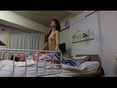 หนังพอนญี่ปุ่น อะไรจะโชคดีปานนั้นหนุ่มคนไข้ดวงเฮงได้เย็ดหีทั้งพยาบาลสาวทั้งเพื่อนสาวข้างเตียง